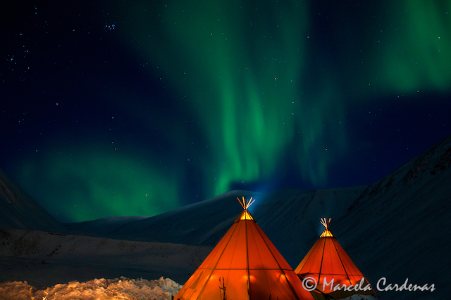 Marcela.Svalbard.Glowing tents.080-SRGB (1)
